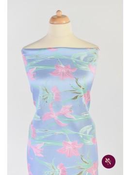 Brocart bleu cu flori de crin roz