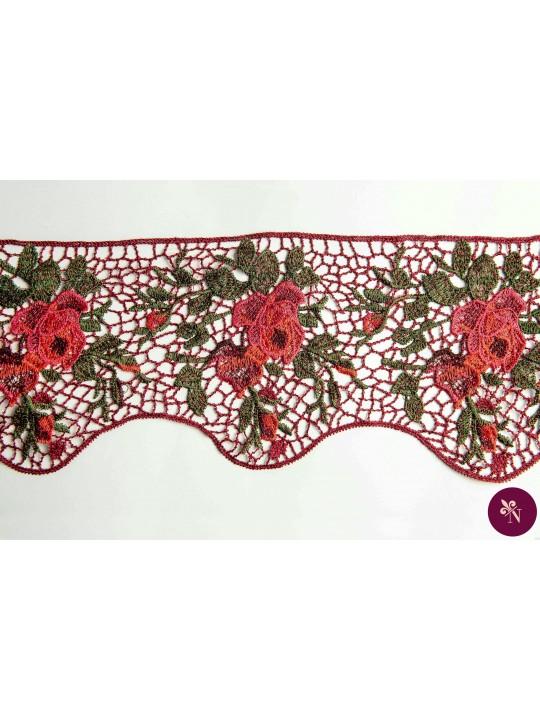 Bandă macrame burgundy cu flori brodate