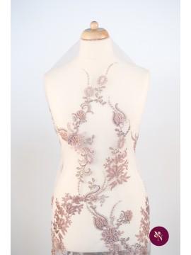 Dantelă roz prăfuit cu flori accesorizată manual