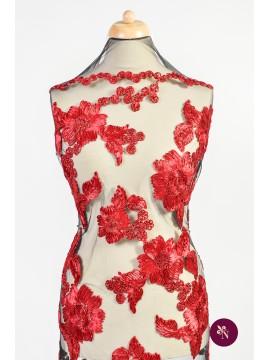 Broderie 3D cu flori roșii vișinii