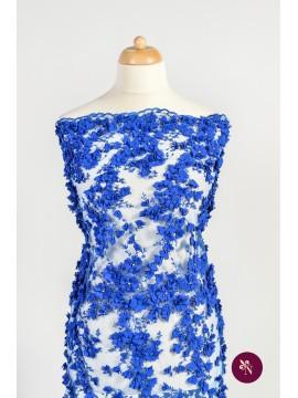 Dantelă cu flori 3D albastru safir accesorizată manual