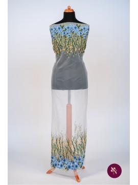 Organza brodată cu flori albastre